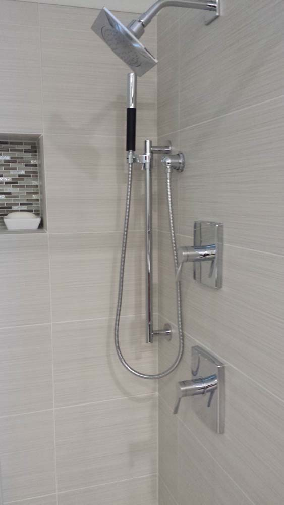 Shower with silver features